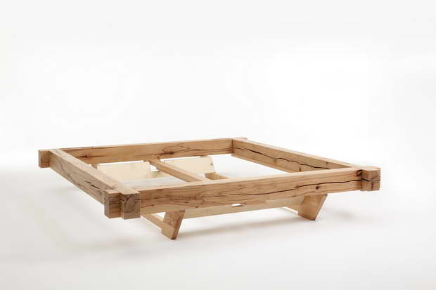 neu in der relax produktwelt metallfreie massivholzbetten starkes design in nat rlicher. Black Bedroom Furniture Sets. Home Design Ideas