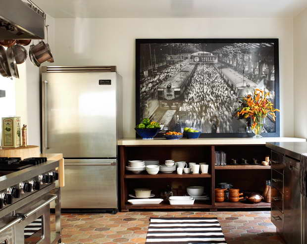 ellen pompeo kitchen,ellen pompeo house los angeles,martyn lawrence bullard design,martyn lawrence bullard interior design projects,celebrity kitchen designs,